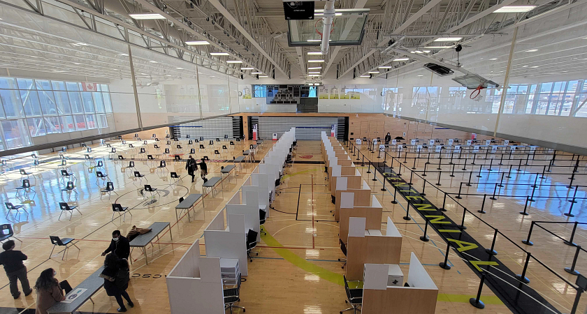 the scarborough covid-19 vaccination clinic set up in the centennial college progress campus gym