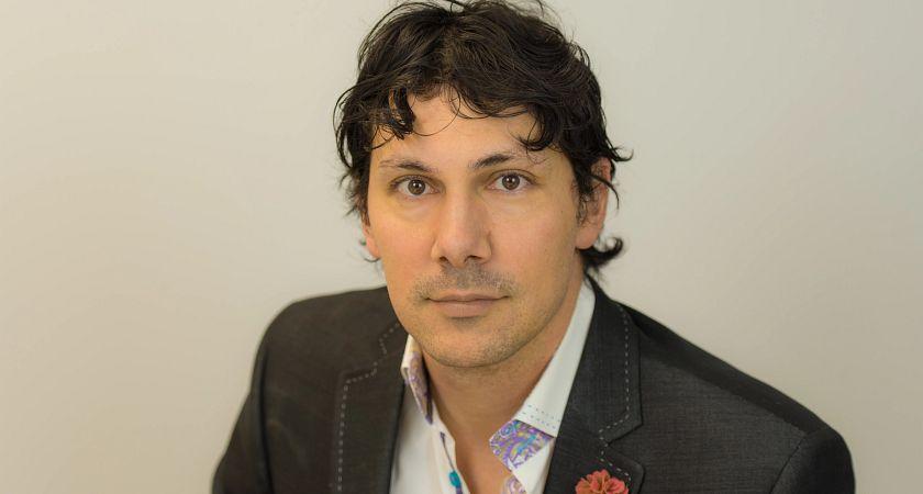Faculty photo of Professor Luciano Lorenzatti