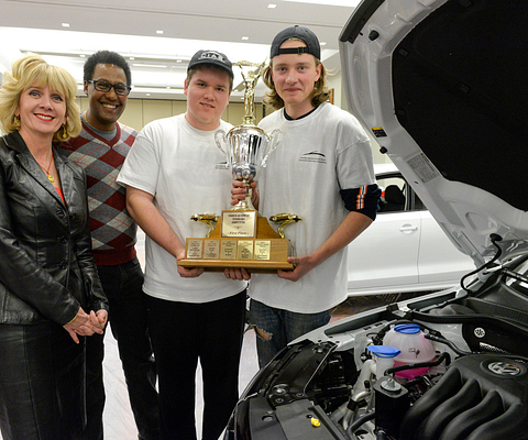 picture-of-centennial-college-president-Ann-Buller-with-autoshow-2015-winners