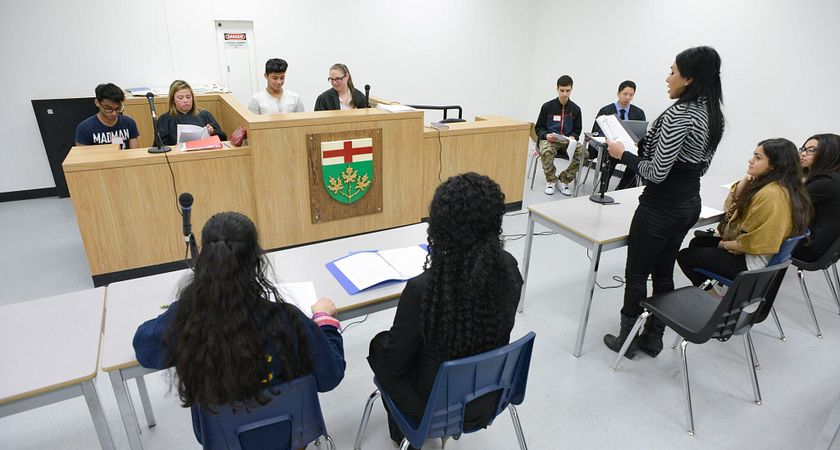 picture of centennial college law studies students participating in a mock trail