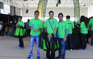 picture of centennial college student volunteers at centennial welcomes orientation