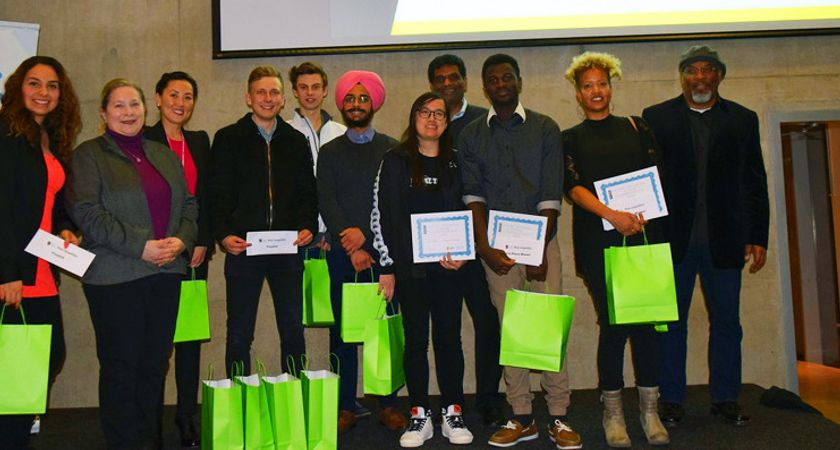 students posing for a photo at the 2018 pitch competition
